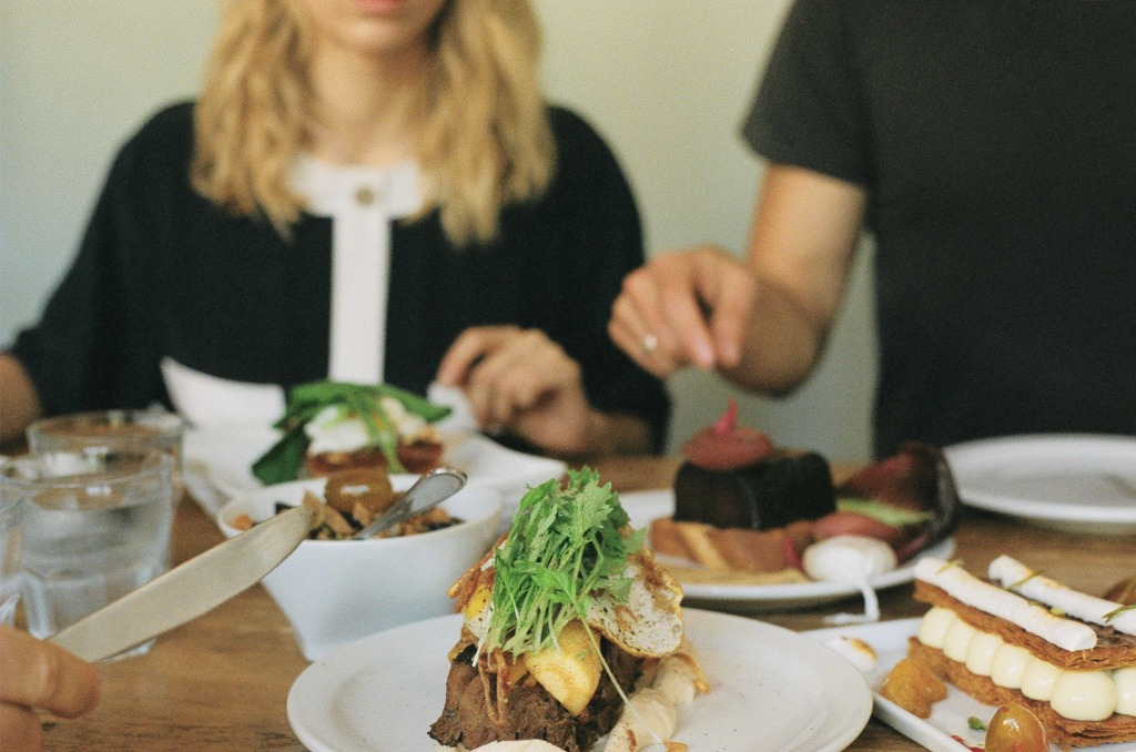 on- dejeune- bloggers-crew-dejeuner-blog-maybewatson-jannemap-timburon-michelbeauchemin-matine-restaurant-montreal-montrealcity-where-to-eat-in-montreal-lababineau-4