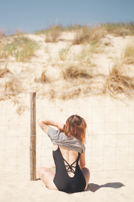 Mimi_hammer-la babineau-beach life- beach photography-lifestyle-travel-girls-portrait of a girl-beach-swimsuits-11