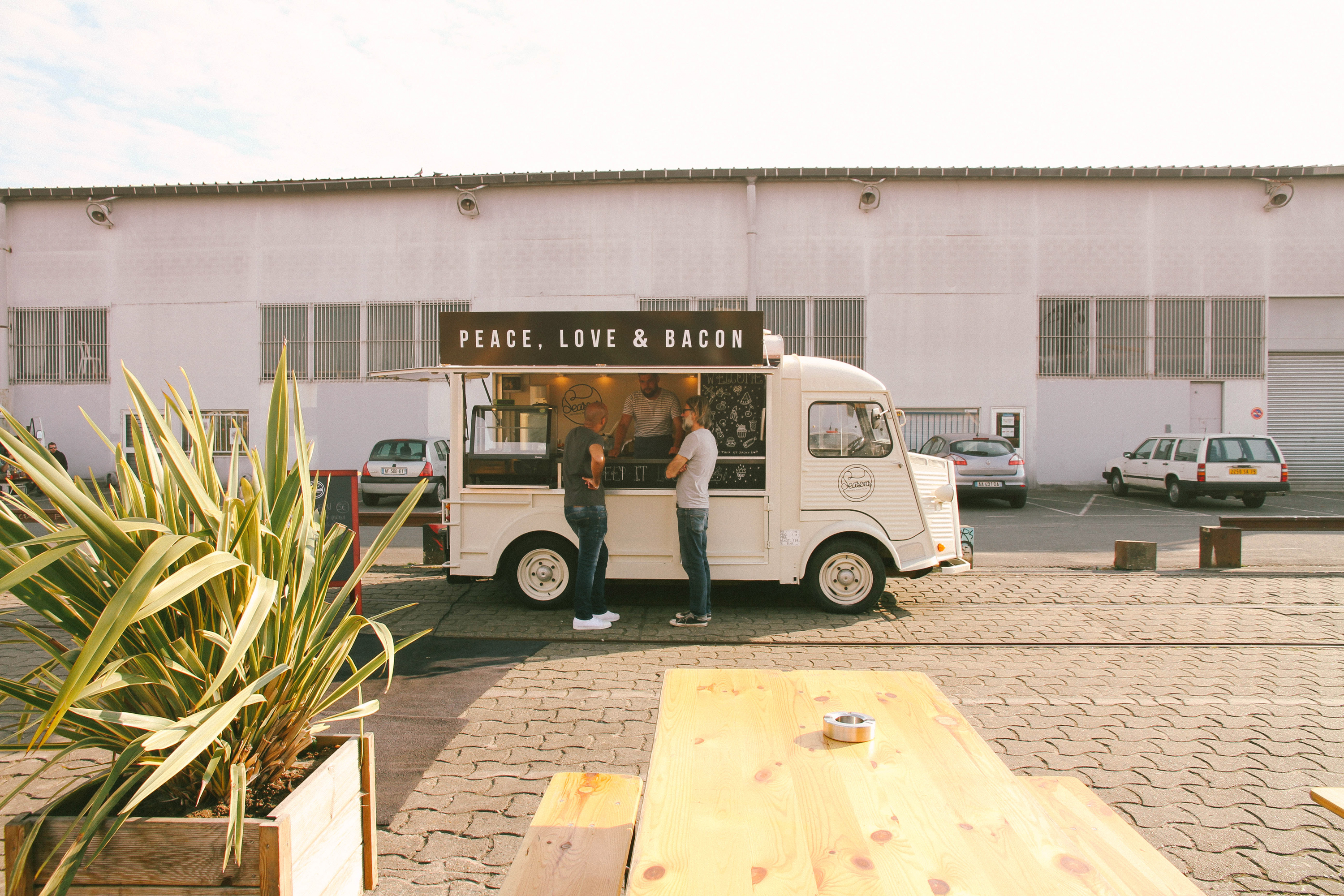 seasonsfoodtruck-seasons-food-truck-food truck-bordeaux-bordeauxmaville-visit bordeaux-event-lababineau-iboat- food photographer-events photographer-5