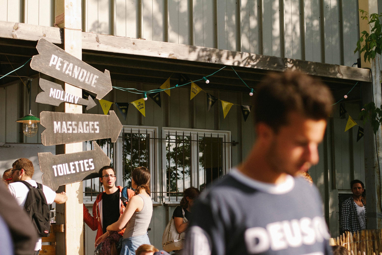 Darwin-Bordeaux-Lababineau-Lifestyle-photographer-party-dj-set--beer-traveler--10